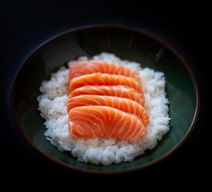 Chirashi Salmon